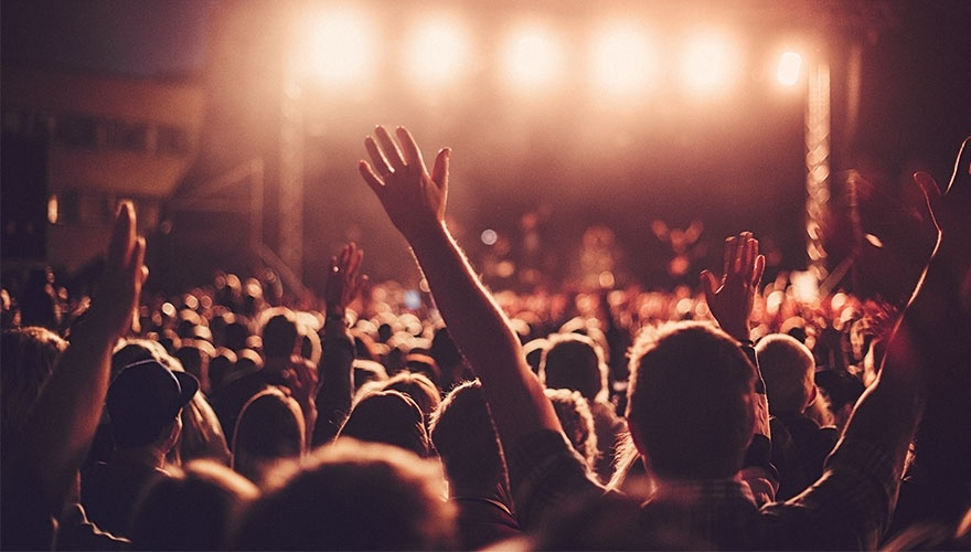 9-songs-to-help-boost-your-b2b-social-influencer-outreach